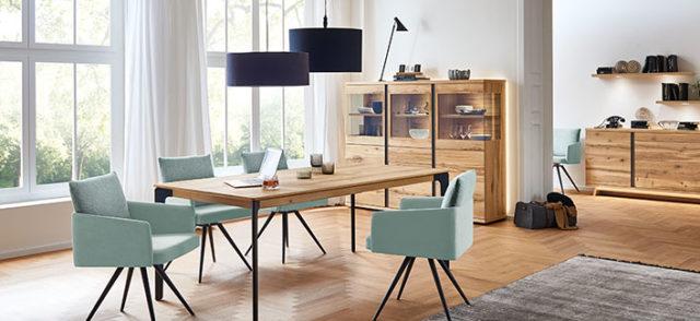 Krug-Esszimmer-Holz-elegant_Inhalt